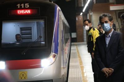 بازدید شهردار شیراز از خط ۲ قطار شهری