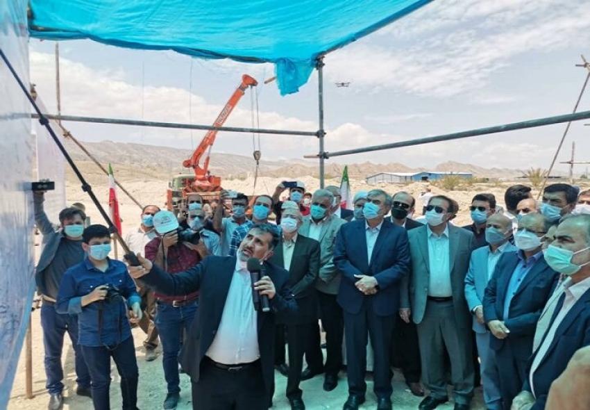 عملیات لولهگذاری خط انتقال آب خلیج فارس به استان فارس آغاز شد